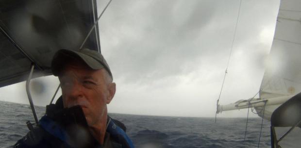 storm sailing look2